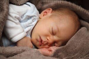 Cómo debe dormir un bebé